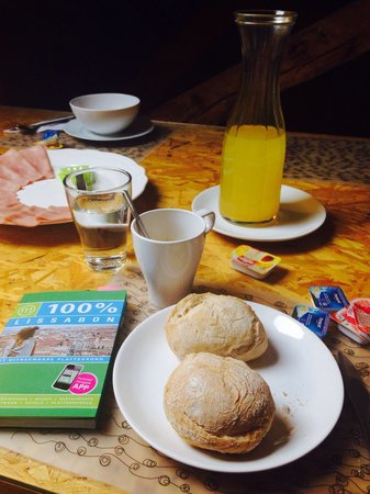 Passport Lisbon Hostel: Breakfast