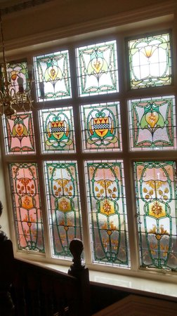 The Park Hotel: Beautiful Stained glass window