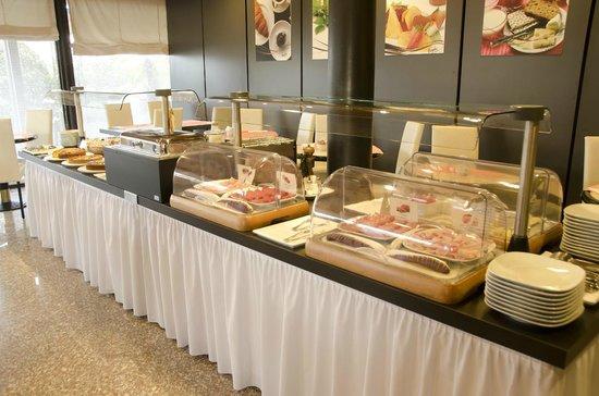 Hotel Pergola : Uno dei buffet delle colazioni