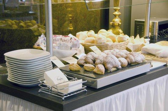 Hotel Pergola : L'angolo dei croissants