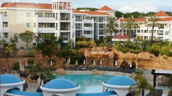 Hilton Vilamoura As Cascatas Golf Resort & Spa : Main Pool Area