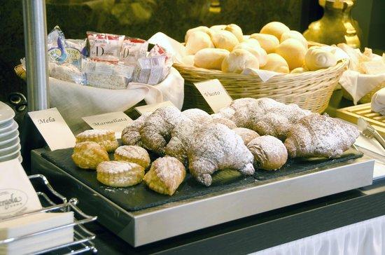 Hotel Pergola: L'angolo dei croissants
