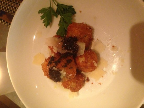 Fig & Olive Fifth Avenue: Mushroom croquettes