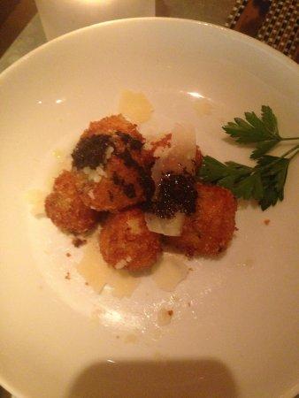 Fig & Olive Fifth Avenue : Mushroom croquettes