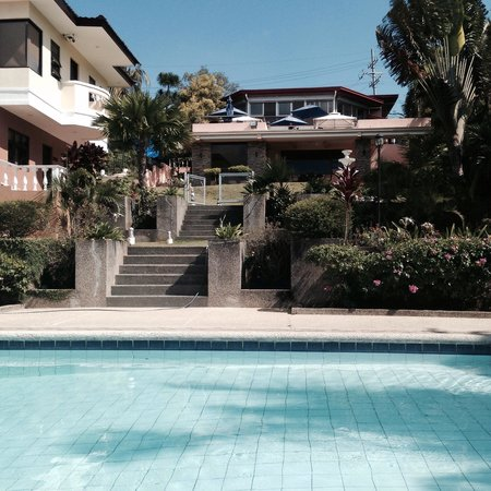 Villa Marinelli Bed and Breakfast : View from the pool area