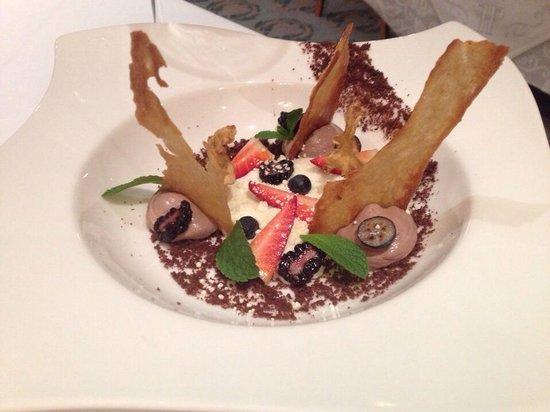 Gourmet Club : Pannacota with lemon, ginger and berries
