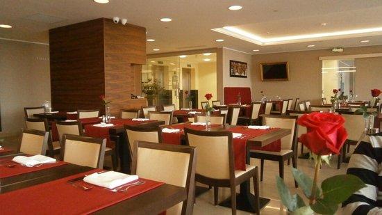 Ariston Hotel : dining