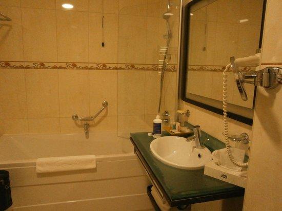 Ariston Hotel : clean