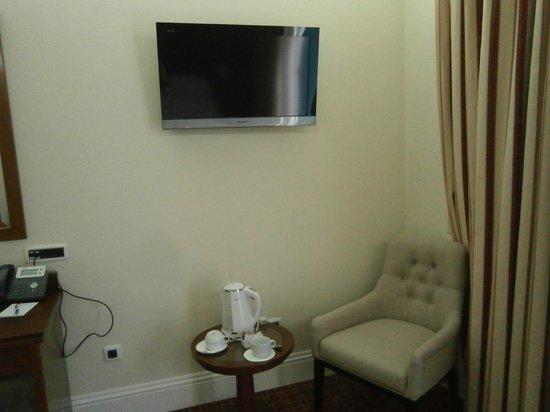 Ariston Hotel : tv