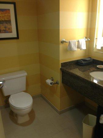 Renaissance Palm Springs Hotel: Badezimmer der King-Suite