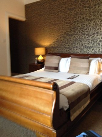 Glen Mhor Hotel & Apartments: Room