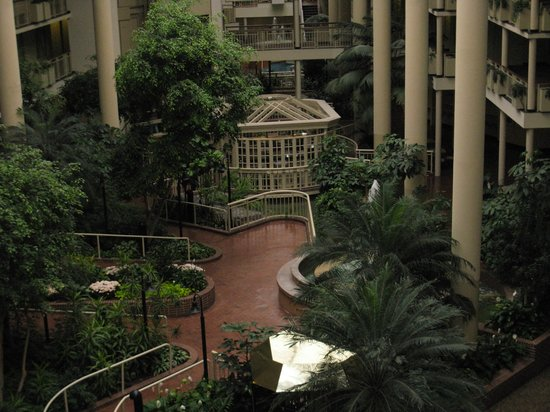 Embassy Suites by Hilton Parsippany : Enterance