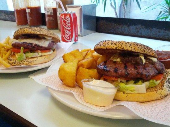 Bacoa Kiosko: tasty burgers!