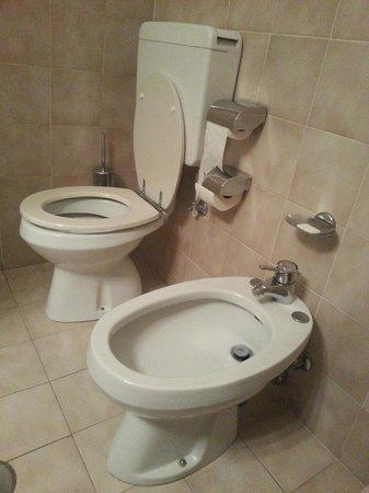 Euro Motel : Servizi Igienici