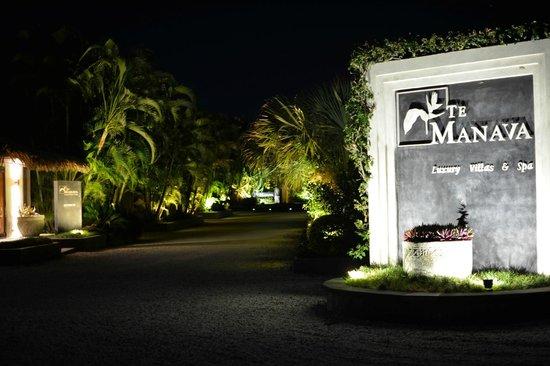 Te Manava Luxury Villas & Spa: Te Manava Entry