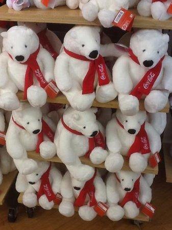World of Coca-Cola : Polar Bear dolls