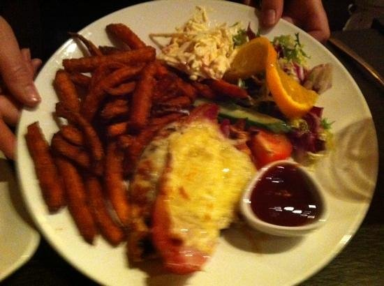 Tiger Bills: yummy sweet potato chips and chicken bacon and cheese