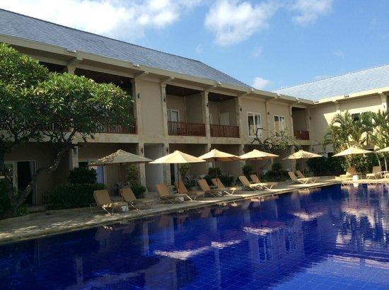 The Lovina: Pool
