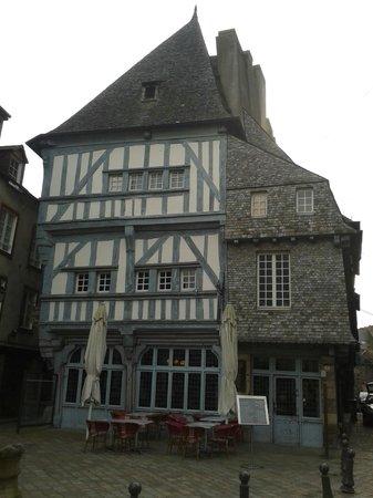 Chez la Mere Pourcel: Ristorante