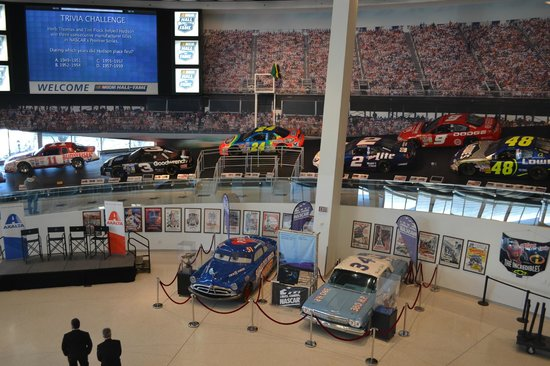 NASCAR Hall of Fame : Glory Road