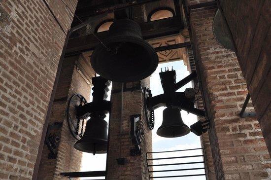 Torre Giralda : las Campanas