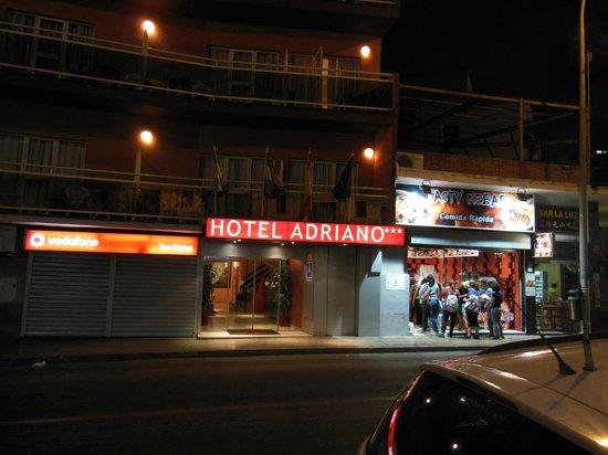 Adriano Hotel Torremolinos: Hotel Front