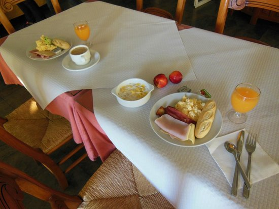 Adriano Hotel Torremolinos: breakfast