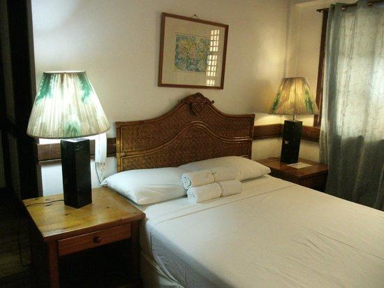 Corregidor Inn: room 210
