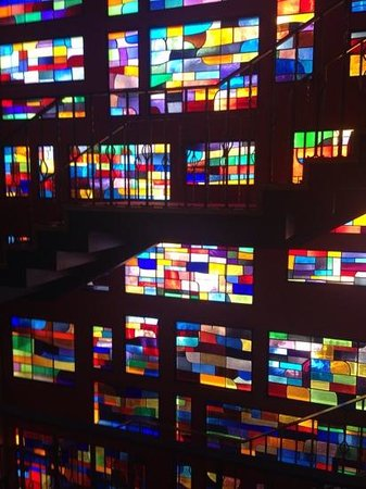 Gran Hotel Delfin : Stunning 70's stained glass window.