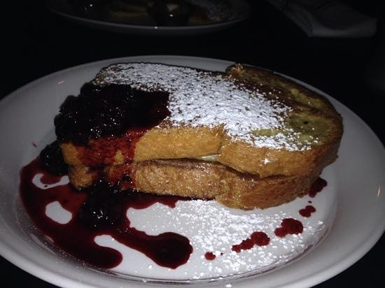Red Owl Tavern: french toast