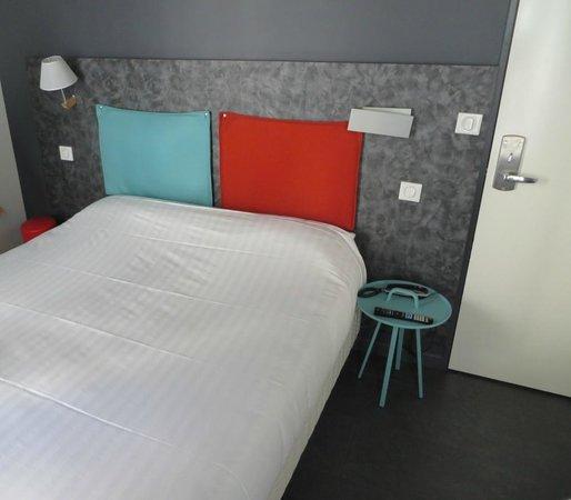 Hôtel des Métallos  : Hotel room