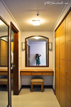 The Linden Suites: Selfie at Linden