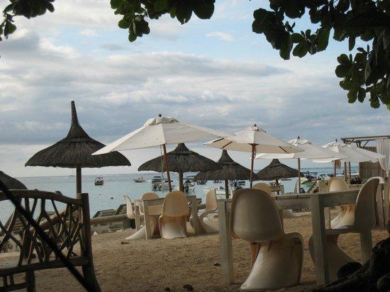 Domaine des Alizees Club & Spa by Evaco Holiday Resorts: plage privée à Trou-aux-Biches