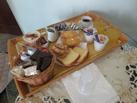 Art Suite Principe Umberto B&B: colazione
