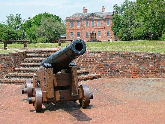 North Carolina History Center - Tryon Palace: back view of the palace