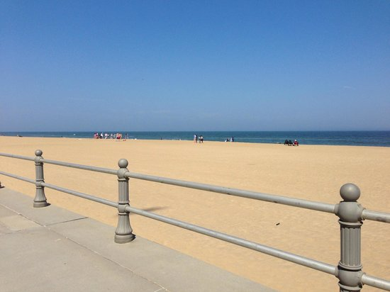 Virginia Beach Boardwalk: Wide beach with a beautiful view
