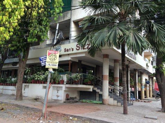 Baroda Restaurants Review