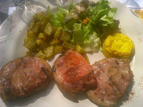 Restaurant le Garde: Jambonneau grillé