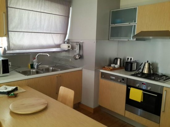 Nisantasi Flats: Kitchen Area