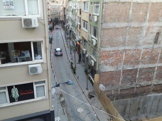 Nisantasi Flats: Street View