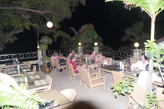 Pauls Restaurant: Blick von der Terrasse Richtung Meer