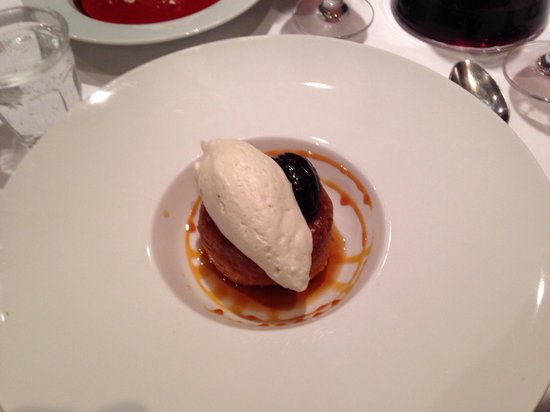 La Cerisaie: A dessert from heaven! sponge cake in Armagnac vanilla sorbet and prune