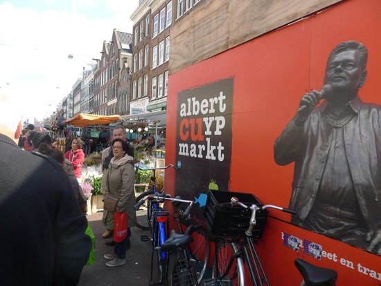 Albert Cuyp Markt : When you see it, you're there