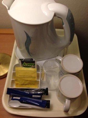 Best Western Amsterdam Airport Hotel: tea set