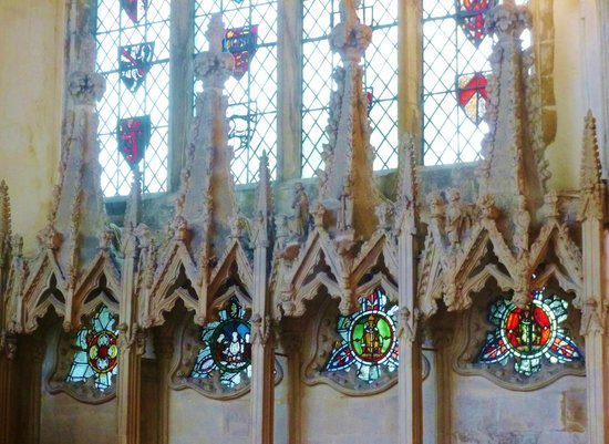 Dorchester Abbey: ornate canopies and roundels