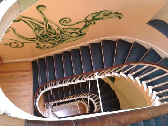 Four Courts Hostel : Staircase