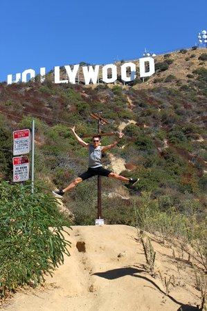 Hollywood : Холливу-у-уд!!!