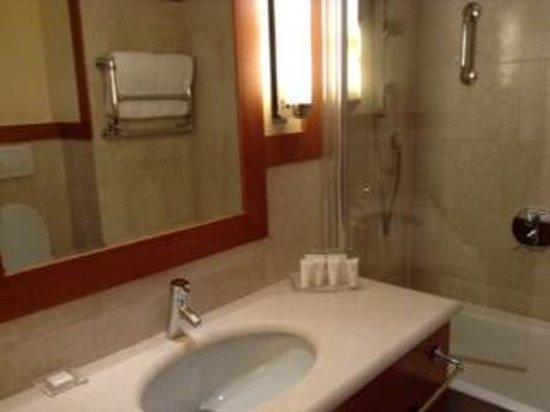 Starhotels Metropole: Metropole bath