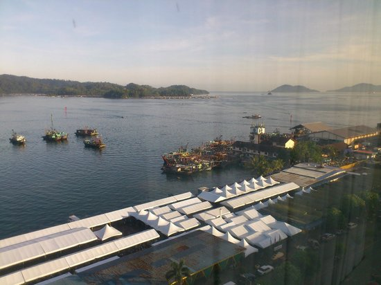 Le Meridien Kota Kinabalu: Sea-facing room view