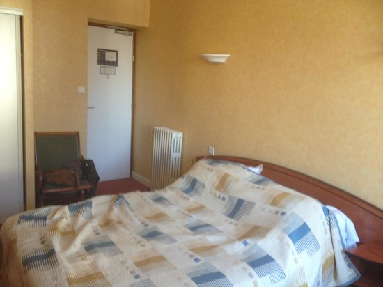 Hotel De La Paix : Chambre